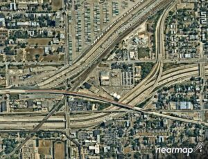 Nearmap aerial view of Illinois expressway